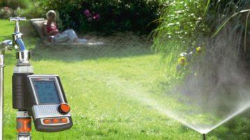 Zavlažovací počítač Gardena C 1060 plus je připojen přímo na vodovodní kohoutek. Automaticky bude regulovat zavlažování vaší zahrady.